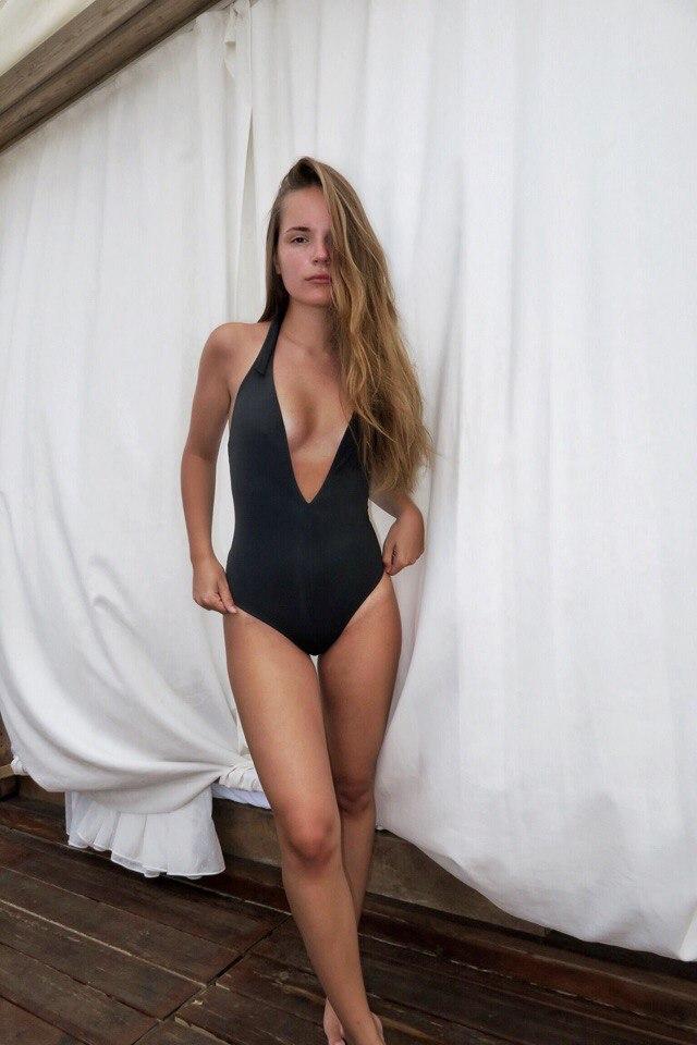 Саша Спилберг слив фото голы